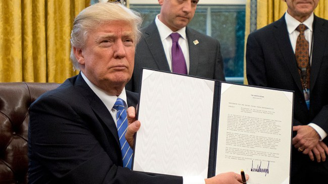 Trump Signs 5 Executive Orders to Boost Economy