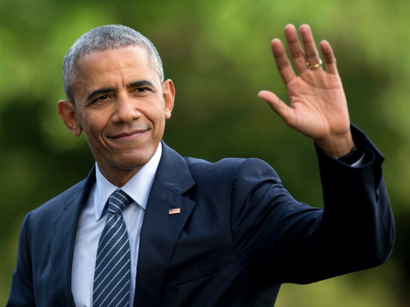 Obama Returns to Community Organizing?!