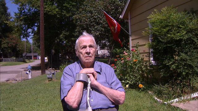 Blind, 92 Year-Old Marine Assaulted by Thugs Vandalizing His Flags