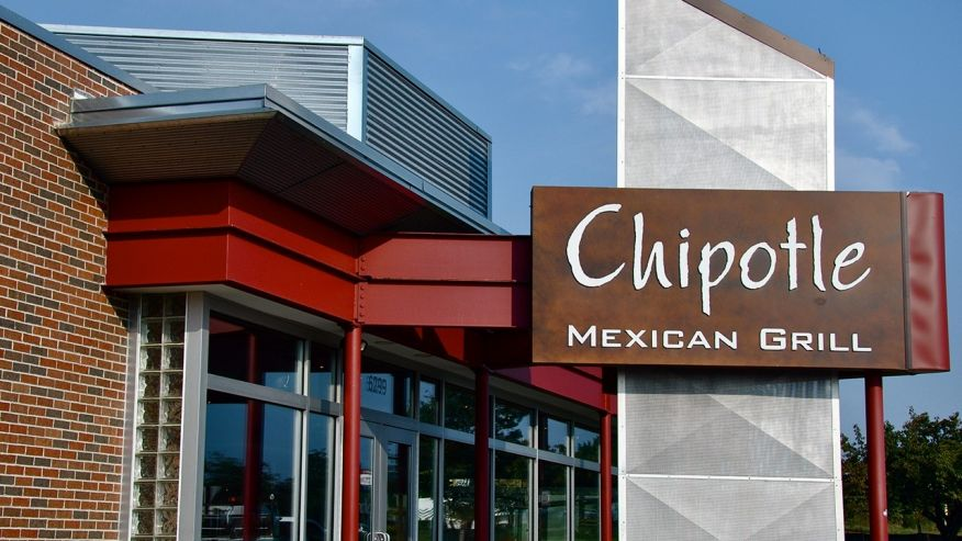 Rats Fall From Dallas Chipotle Ceiling