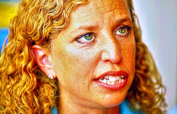 Debbie Jheri Curl Wasserman Schultz Still Blocking Access to Her Seized Computer