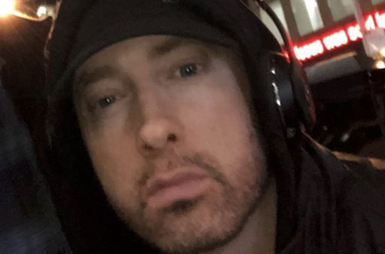 Pill-Head Eminem Attacks The NRA Now At Awards Show, And Calls Trump A Puppet