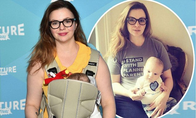Idiot Actress Amber Tamblyn Said She Thought About Giving Her Baby Away Because Trump Was Elected