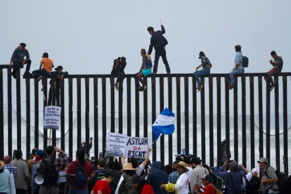 Illegal Caravan Migrants Climb Fence At Southern Border: Where IS The Damn Military Damit?